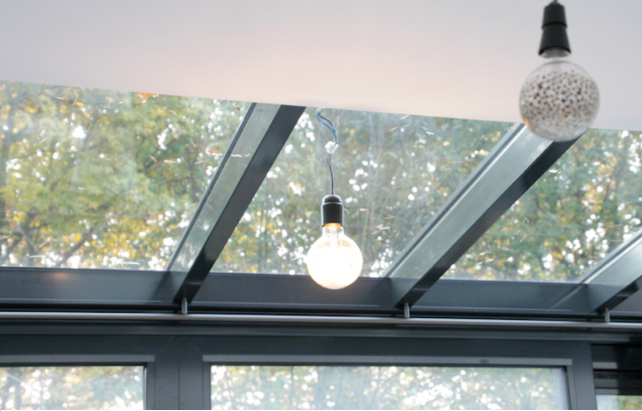 Schuin dak / Schuin plafond - afgeschuinde steunen in de serre